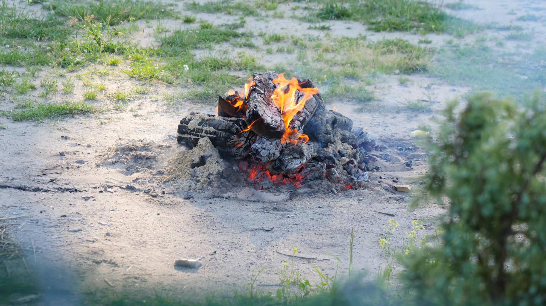 Ognisko, grill, wycieczka
